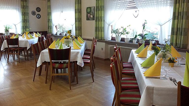 Tischgedeck Saal