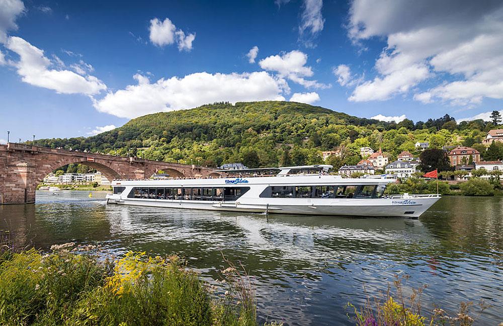 Schifffahrt auf dem Neckar