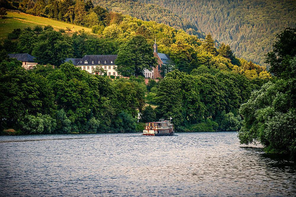 Schifffahrt auf dem Neckar,
